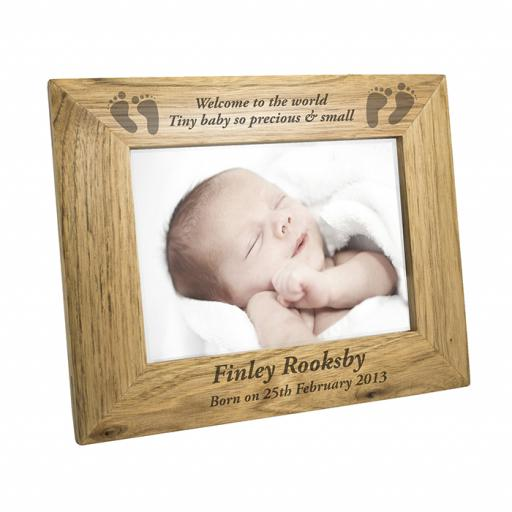 Personalised 5x7 Wooden Frame Baby Feet Landscape